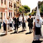 Tunica-nazarena-de-la-hermandad-Los-Negritos-Jueves-Santo
